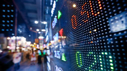 United Continental erfreut Anleger mit gestiegenem Optimismus