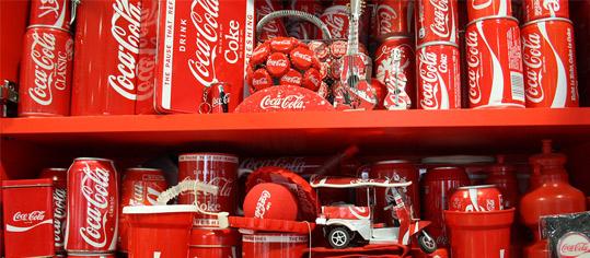 Coca-Cola steigert Gewinn und Erlöse kräftig
