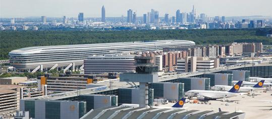 Luftaufnahme Flughafen Frankfurt.