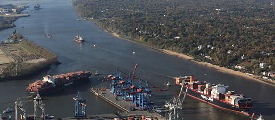 ROUNDUP: Reeder sehen Perspektive für Wachstum wegen Corona-Pandemie verhalten
