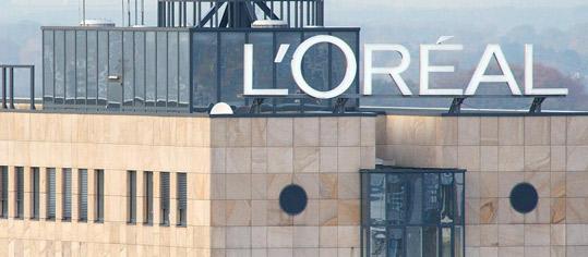 Bernstein hebt Ziel für L'Oreal auf 385 Euro - 'Outperform'
