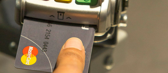 ROUNDUP 2: Deutscher wird Mastercard-Chef - Umsatzwarnung wegen Coronavirus