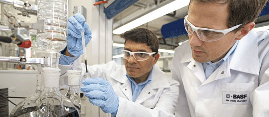ROUNDUP: Chemie-Branche erwartet schwierige Zeiten - Lobby mit neuem Chef
