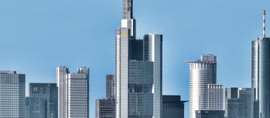 AKTIEN IM FOKUS: UBS-Studien drücken Deutsche Bank und Commerzbank ins Minus