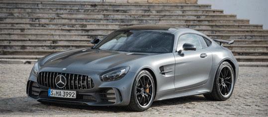 AKTIE IM FOKUS: Daimler geben nach Diesel-Rückruf nach
