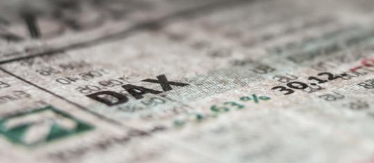Aktien Frankfurt: Positiver Nachrichtenmix schiebt Dax an