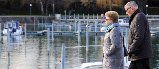 ROUNDUP/Umfrage: Deutsche machen sich große Sorgen wegen Altersarmut